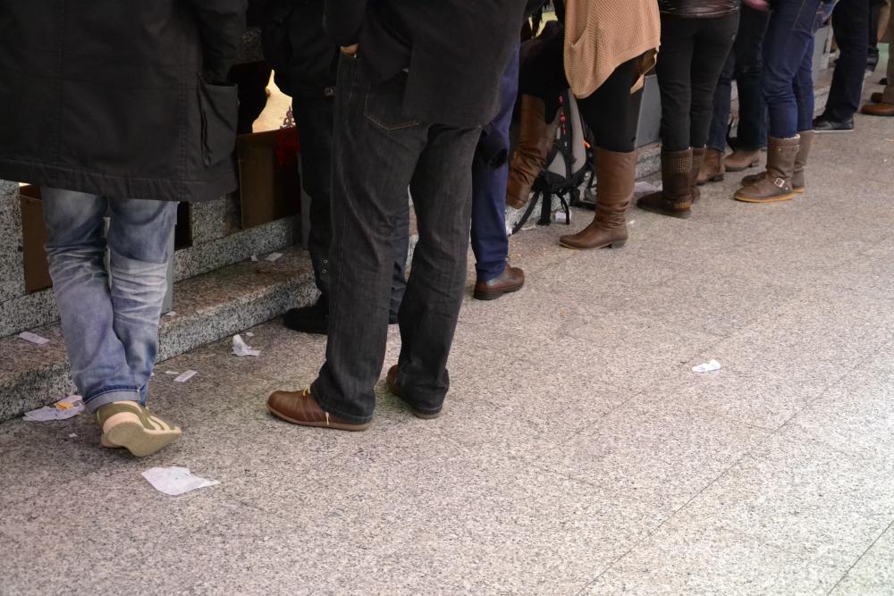 À Madrid non è raro trovare tovaglioli sul pavimento nei bar tradizionali