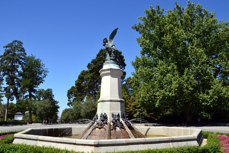 Statua dell'Angelo Caduto