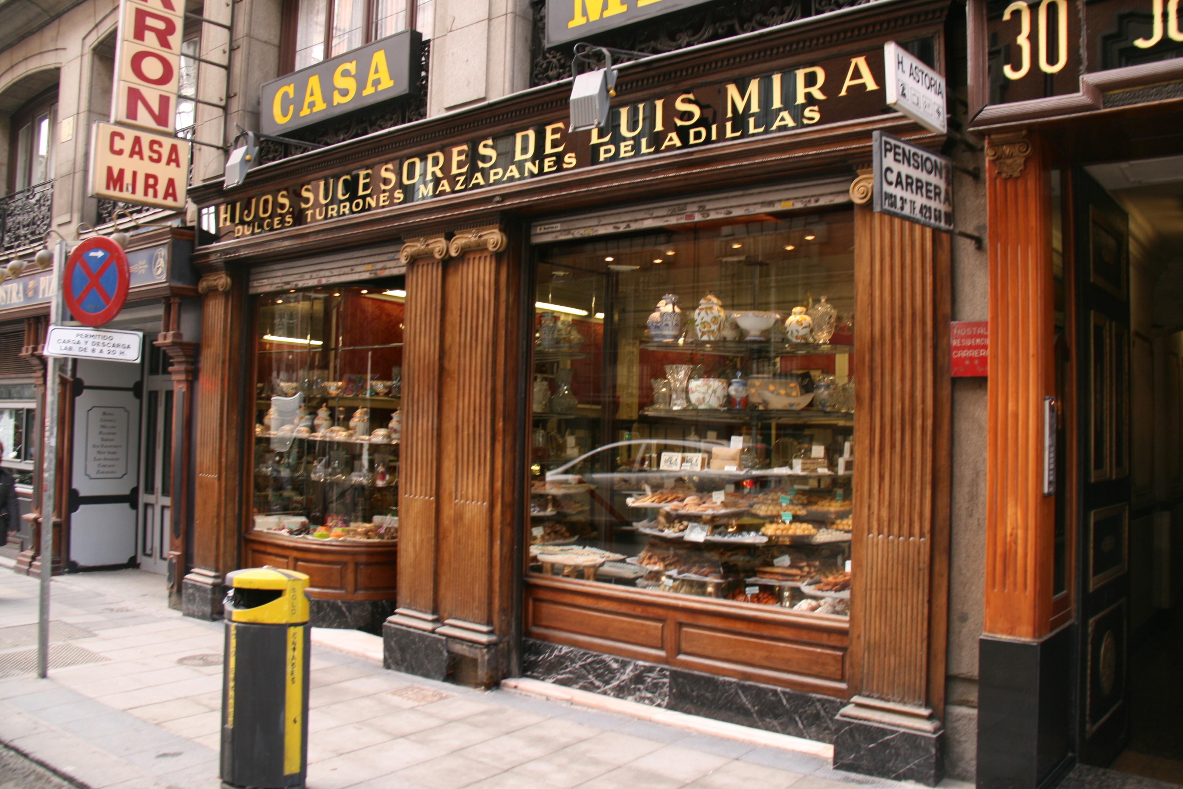 Casa Mira. Luis Mira (fondatore) ha iniziato a vendere torroni nel 1842